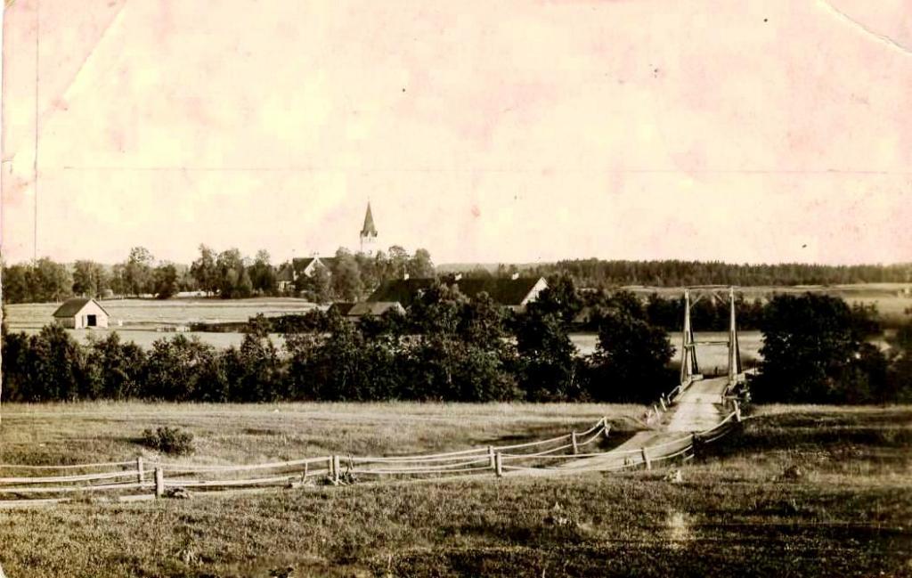 Ceļa, tilta vieta pie Jaunviņķiem 20gs. 20-30.g. Fotogrāfija no Jaunpiebalgas novadpētniecības muzeja arhīva.