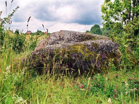 Daviņu Lielais akmens